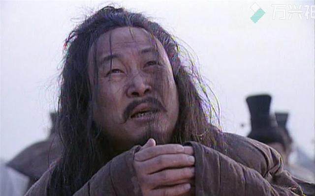 忠臣在城外痛哭7天7夜,秦王终于被感动,还给他写了首赋